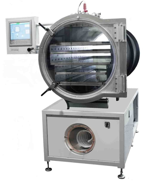 LyoDry Heritage Freeze Dryer with up to 5.2m2 drying space across 5 removable trays.